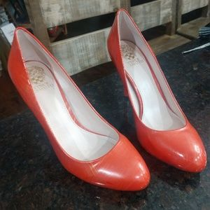 Vince Camuto leather heels 8.5